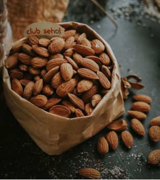 ROASTED ALMOND WITH SEASALT 500 G