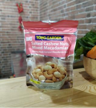 TONG GARDEN SALTED CASHEW NUTS MIXED MACADAMIAS 140 G