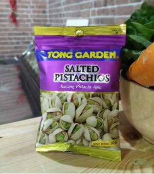 TONG GARDEN SALTED PISTACHIOS 30 G